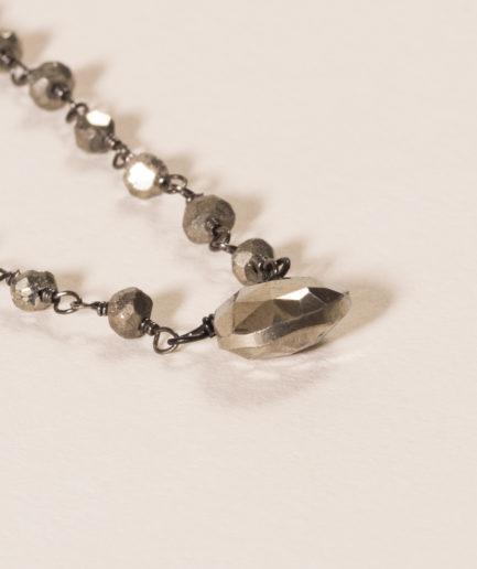 joaparis,joa,pyrite,collier,bijou,eshop,paris,parisienne,collierjoa,pierresnaturelles,fabriquéenfrance,faitmain